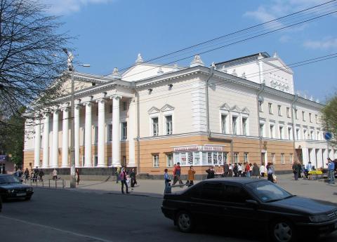 Академічний музично-драматичний театр імені Садовського - Вінниця