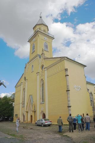 Костел Воздвиження Святого Хреста - Берегове