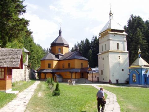 Манявський Хресто-Воздвиженський чоловічий монастир