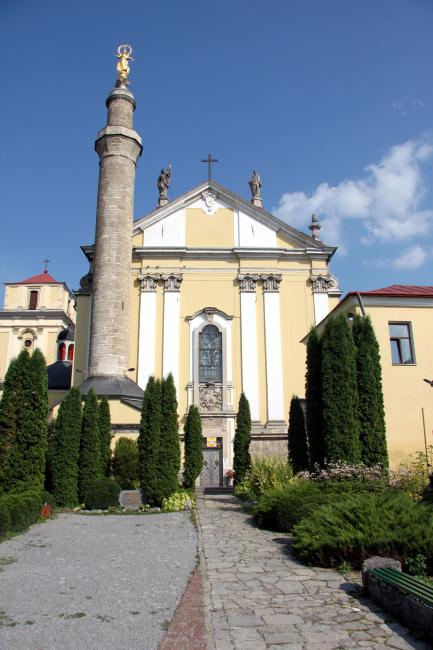 Кафедральний костел святих Апостолів Петра і Павла - Камянець-Подільський