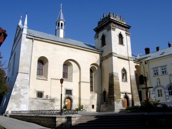 Костел і монастир бенедиктинок - Львів