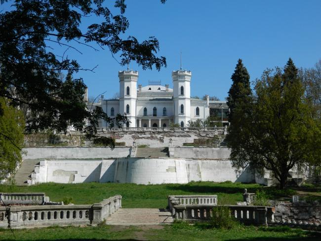 Палацово-парковий комплекс - Шарівка