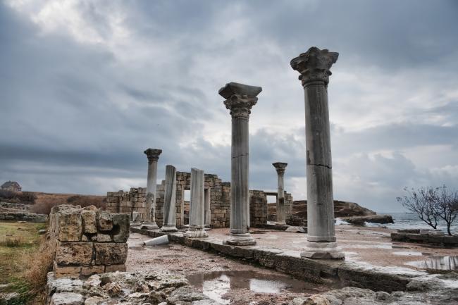 Стародавнє місто Херсонес Таврійський і його Хора