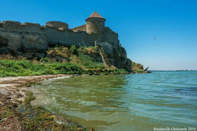 фото Аккерманської фортеці з моря - Одеська область