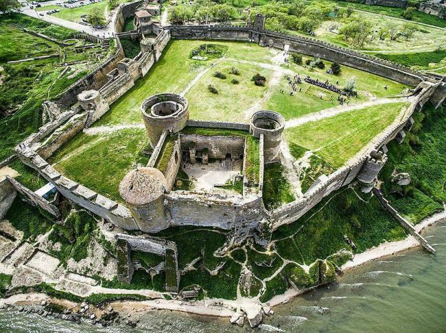 фото Аккерманської фортеці з висоти прташиного політу