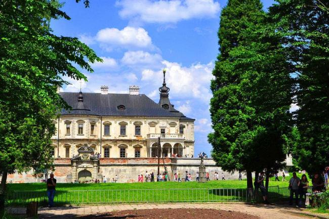 Підгорецький замок у Львіві